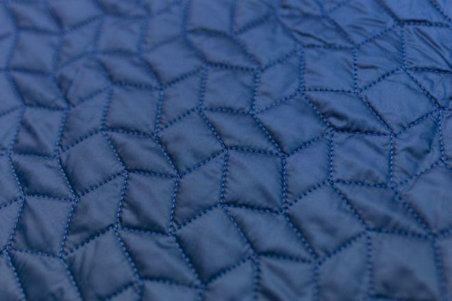 Quilting irregular rhombus pattern
